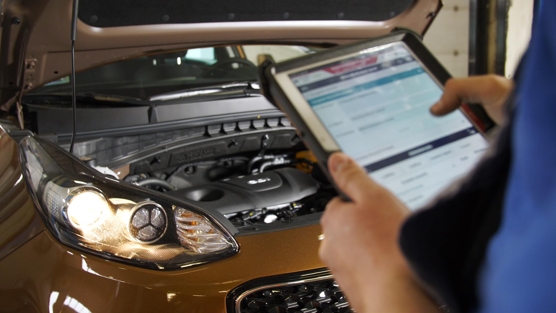 Autószerelő - műszaki vizsgbaiztos