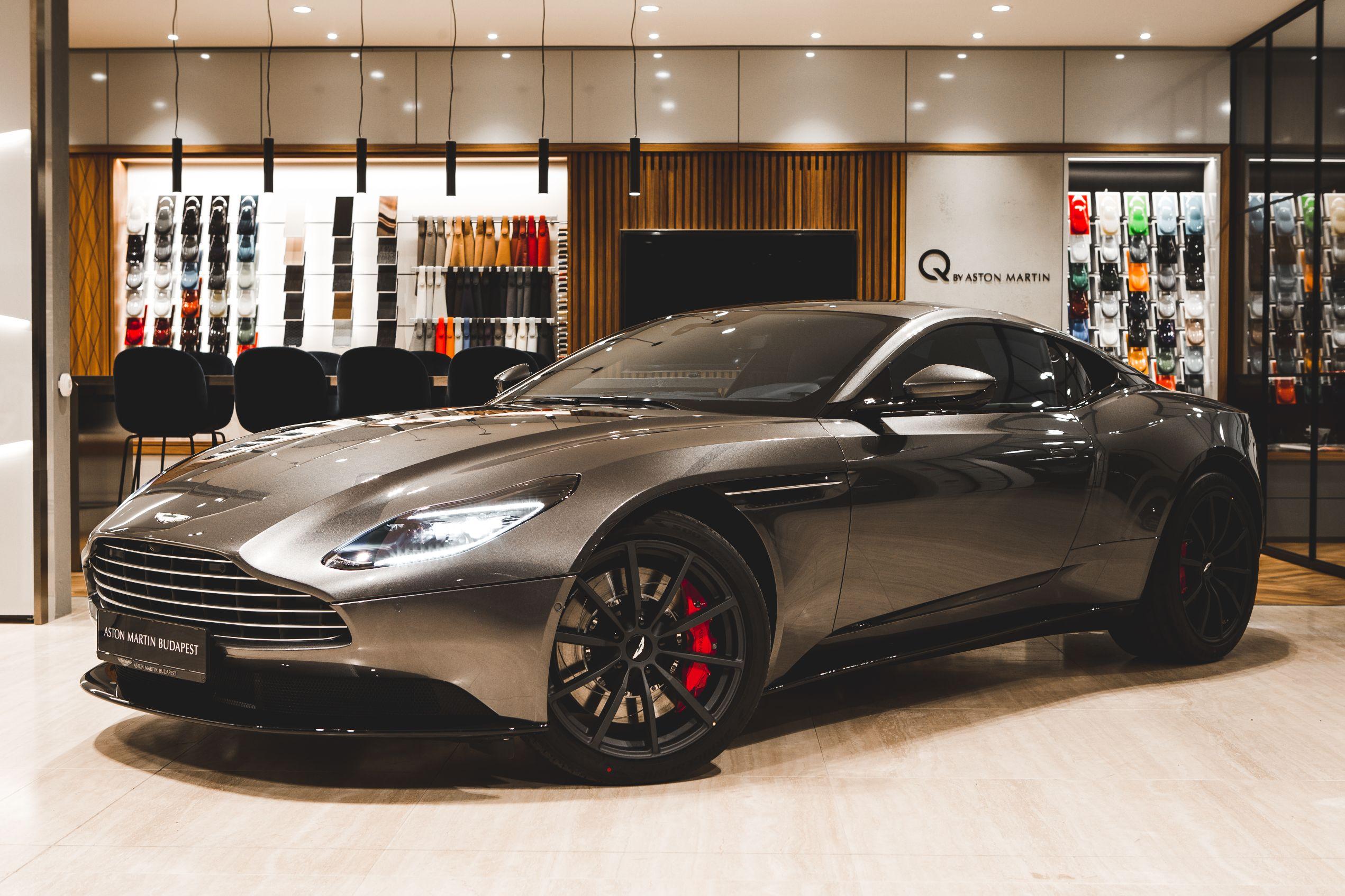 Aston Martin DB11 4.0 V8