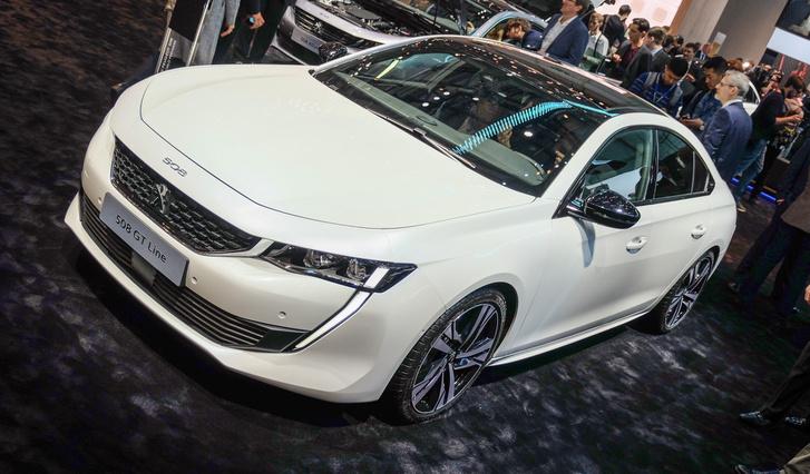 Új Peugeot a Passat ellen