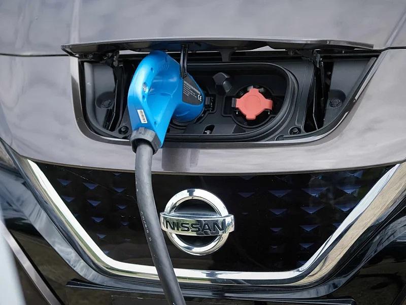A kétirányú töltés tesztelésére indít programot a Nissan