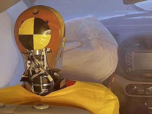 Dupla ütközésnél is védenek a Hyundai új légzsákjai