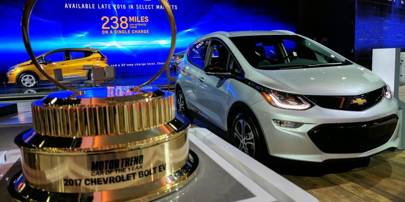 A Motor Trend év autója díj jelöltjei közt: Tesla Model 3 és Nissan Leaf 2018