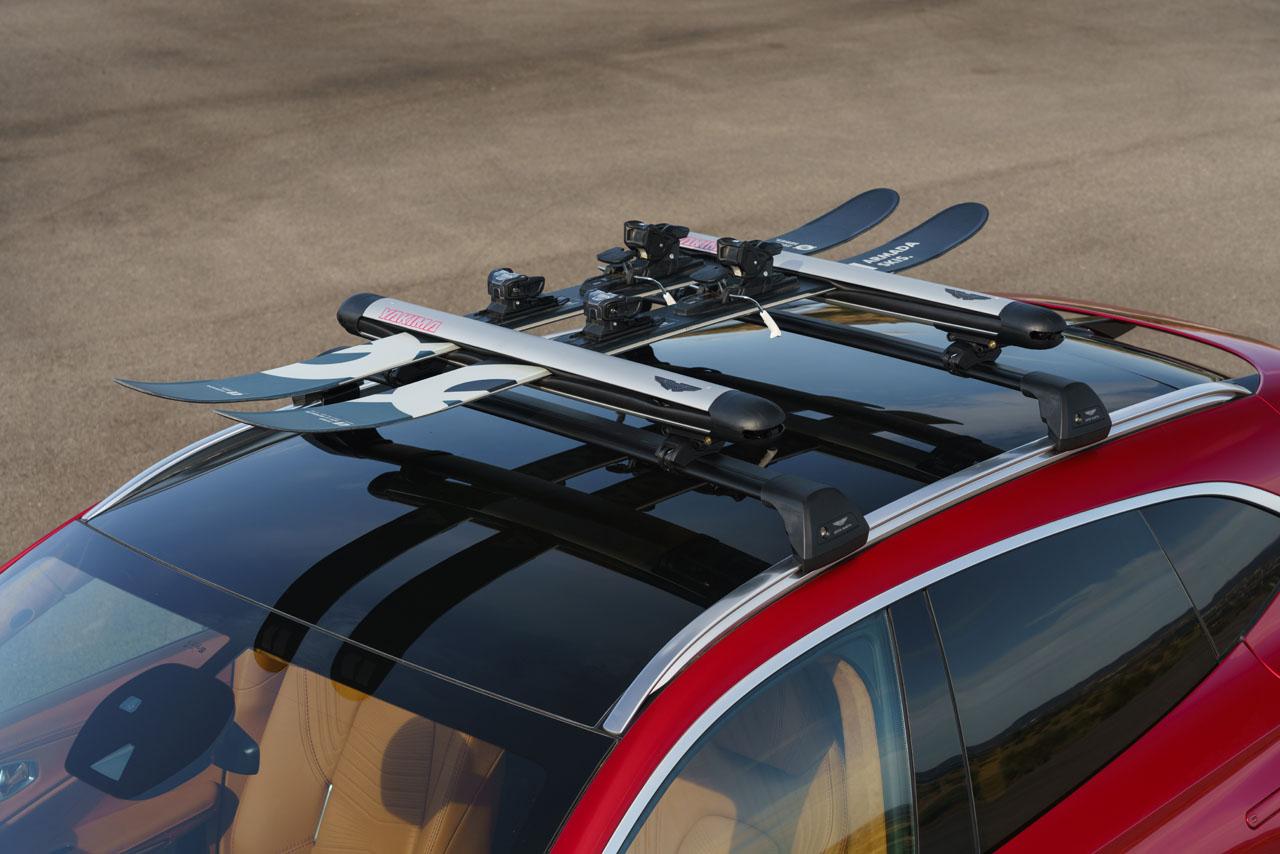 Aston Martin DBX_33_Ski Rack.jpg