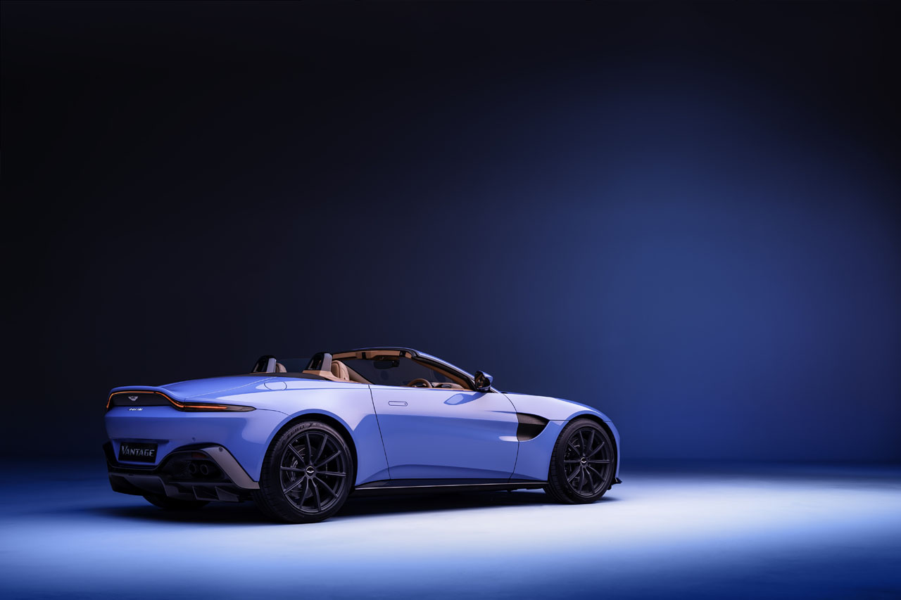 aston-martin-vantage-roadster-6..jpg