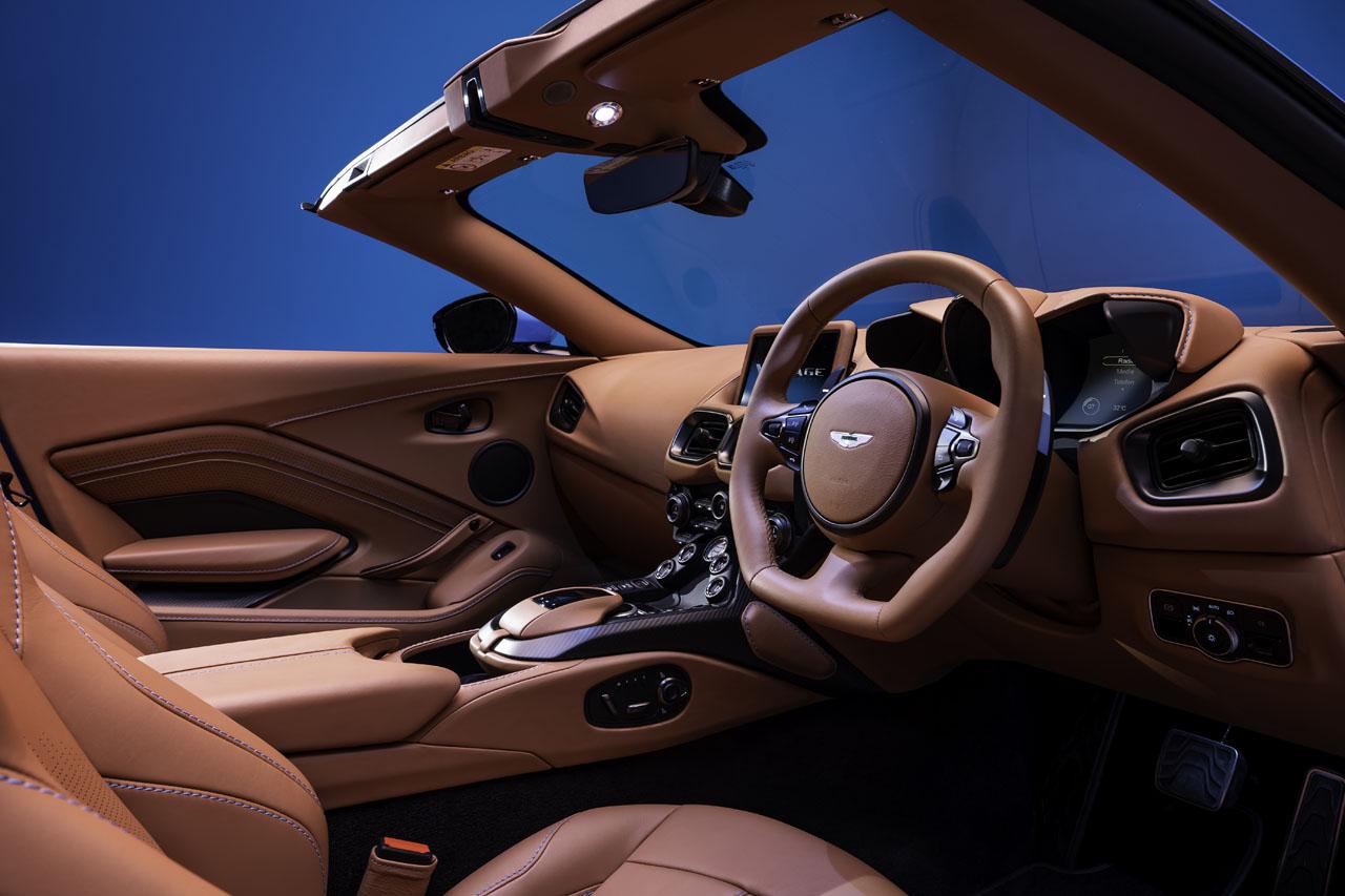aston-martin-vantage-roadster-9..jpg