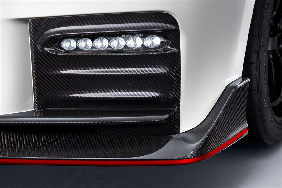 Nissan GT-R Nismo Külső 7.